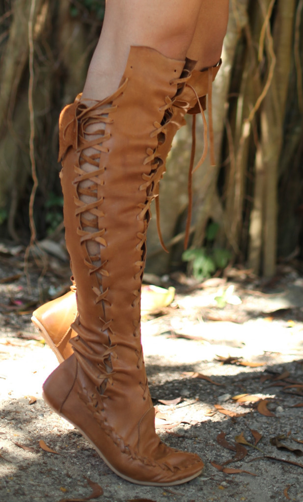 Thigh High Lace Up Flat Boots - Cr Boot