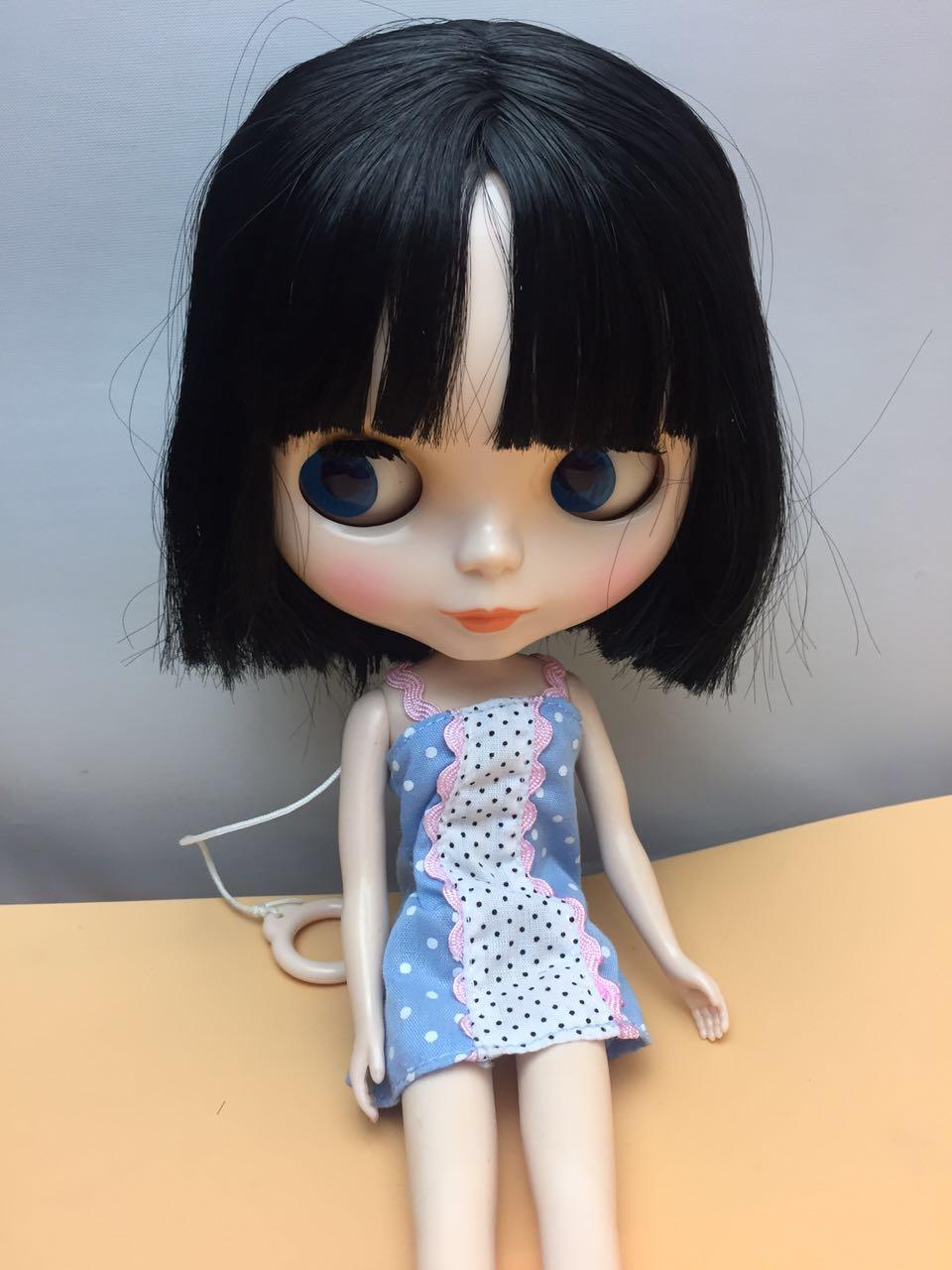 Erwachsene verkleiden sich Puppe