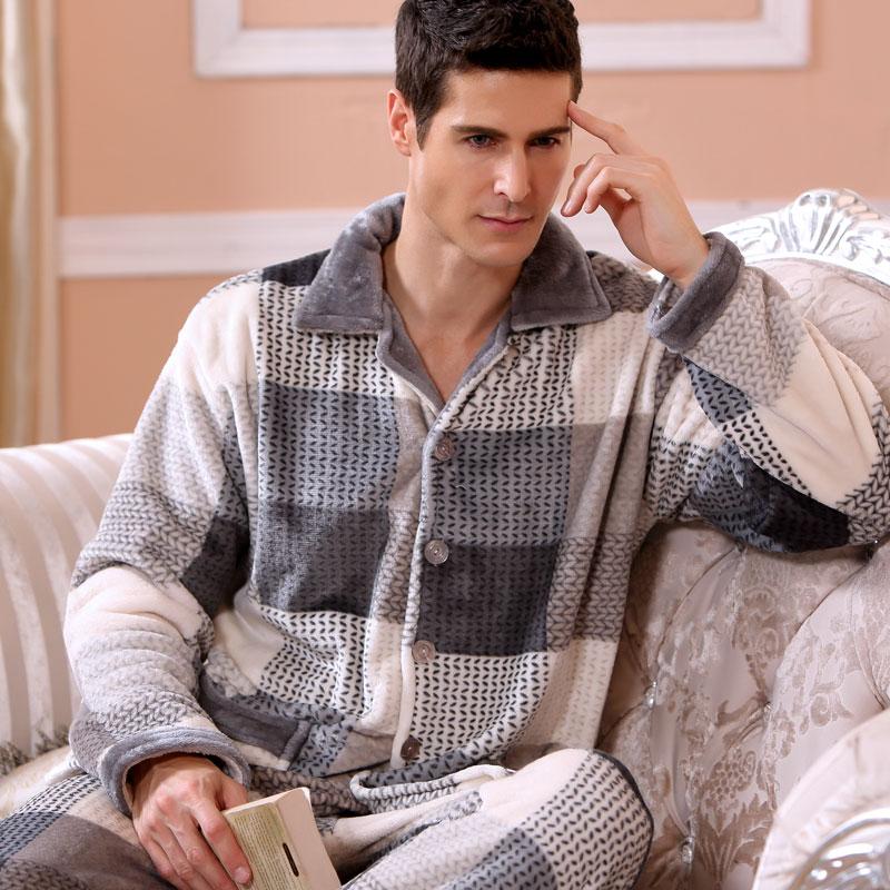 2016 Modern Fashion Men Winter Keep Thermal Anti Cold Coral Fleece Pajamas sets of Sleepcoat & Pants Adult Casual Home Sleepwear