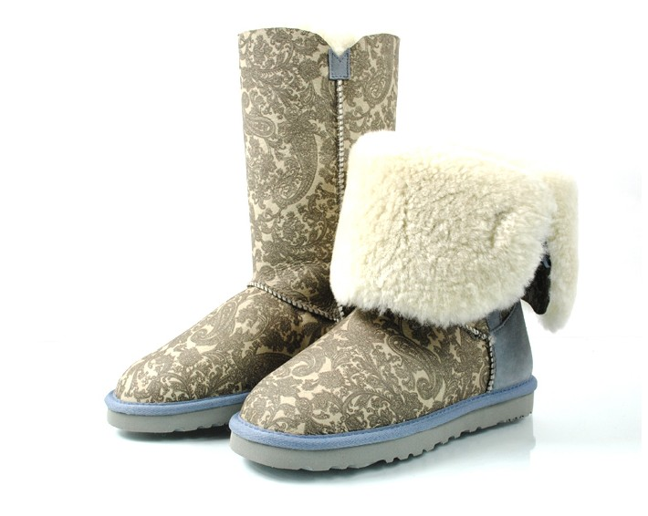 2015 Brand England Style Winter New Three-Button Wool Sheepskin Waterproof Casual Women Half Snow Boots Multicolor(China (Mainland))