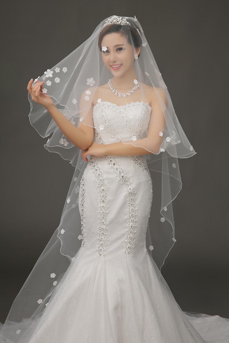 Hot sale white appliques romantic women wedding veils long for Long veils for wedding dresses