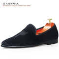 Quality Men Loafers New Fashion Chinese Kung fu Design Men s Embroidery Vintage Velvet Party Loafer