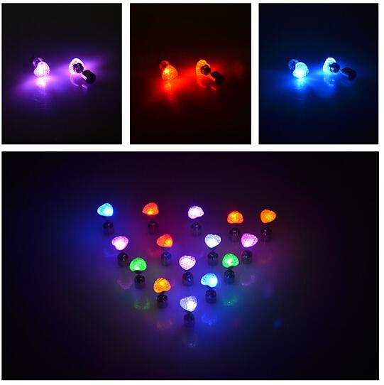 Fashion noctilucent earrings nightclub bar Glow earring free shipping women and men heart earring(China (Mainland))