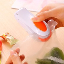 1 X Random Color Portable Mini Heat Sealing Machine Impulse Sealer Seal Packing Plastic Bag Kit(China (Mainland))