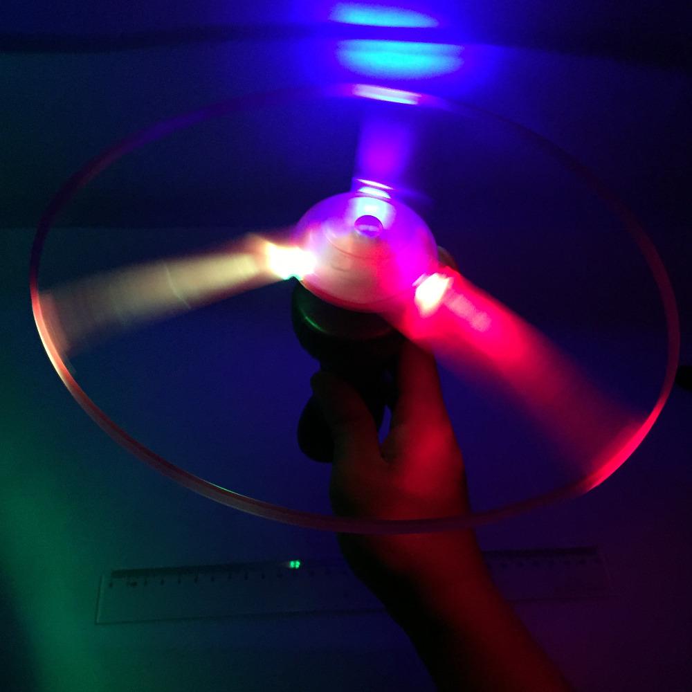 Flash PULL luminous flying saucer, 25cm led light UFO, children flying toys, 65g W174(China (Mainland))
