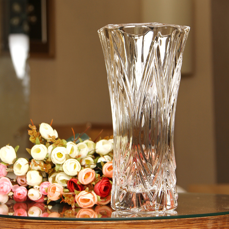 Idee deco grand vase en verre les derni res for Idee deco vase