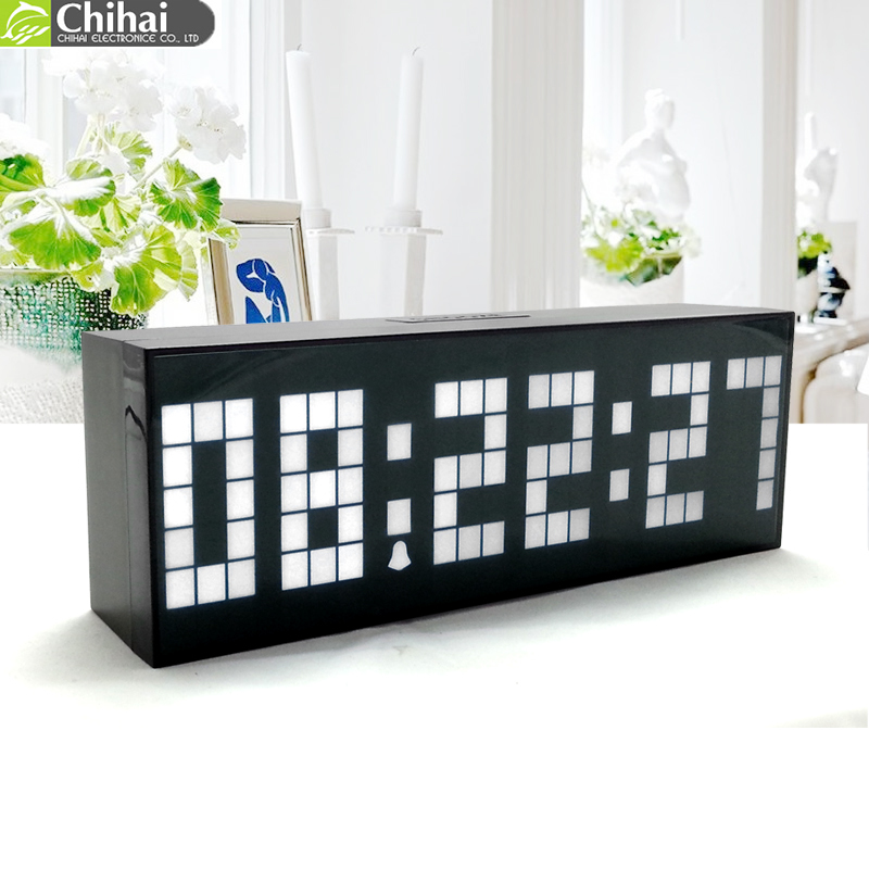 nouveau style moderne horloge num rique lumineuse led alarme horloge mode horloge murale. Black Bedroom Furniture Sets. Home Design Ideas