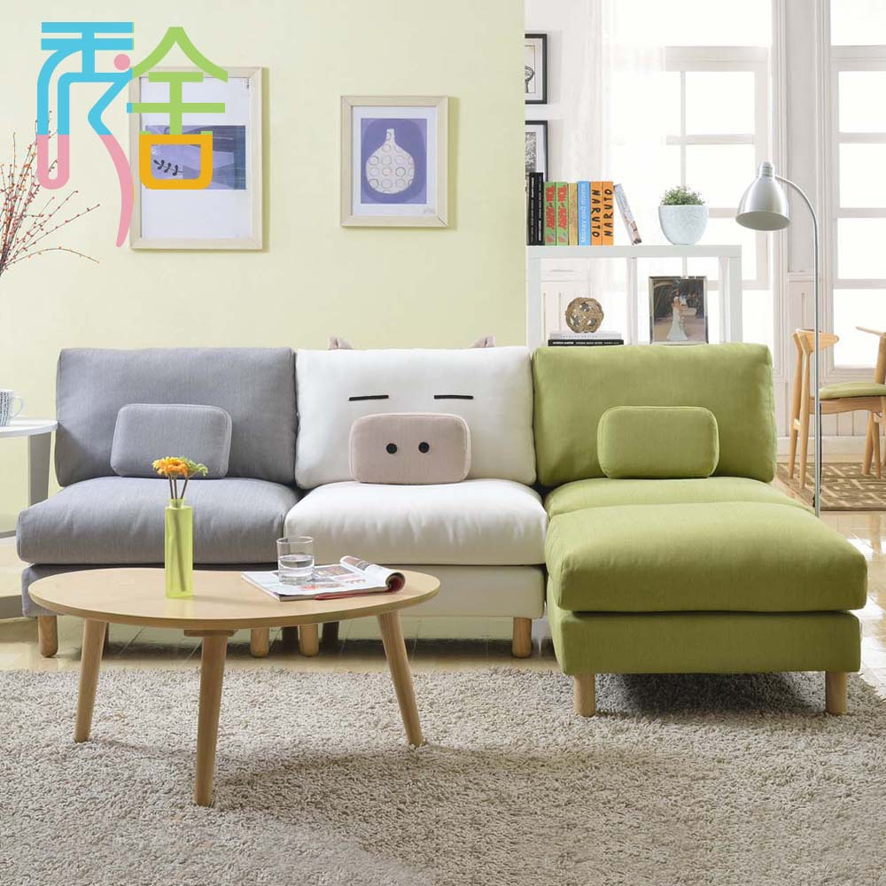 Show homes sofa korean small apartment around the corner for Sofa in a small living room