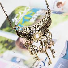 2015 New hot fashion Vintage Elegant Key Rhinestone Bronze Chain Necklaces & Pendants(China (Mainland))