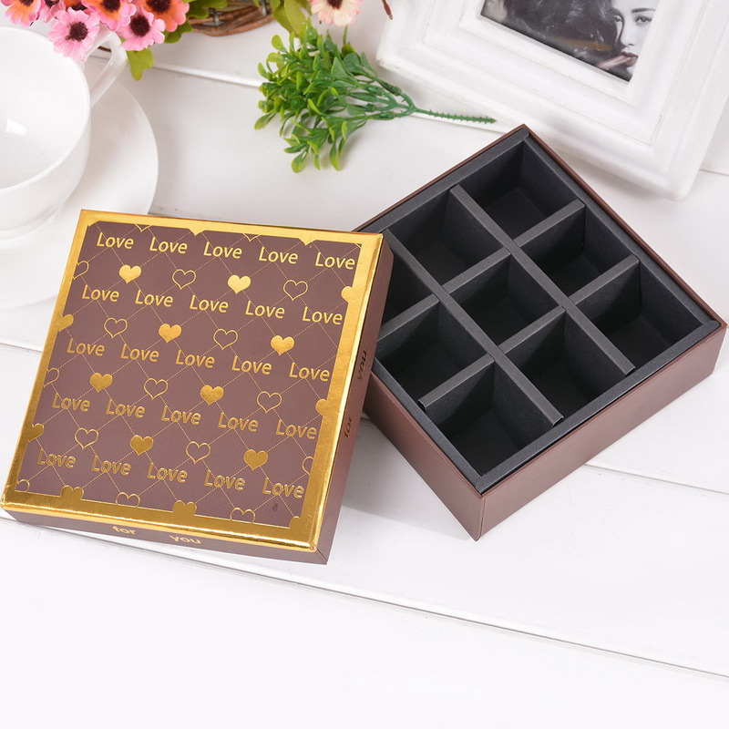 1PC Brown Candy Box Square gilding Heart Pattern Gift Box 9 Slots lattice Chocolate Box For Girlfriend Gift Package 13x13cm(China (Mainland))