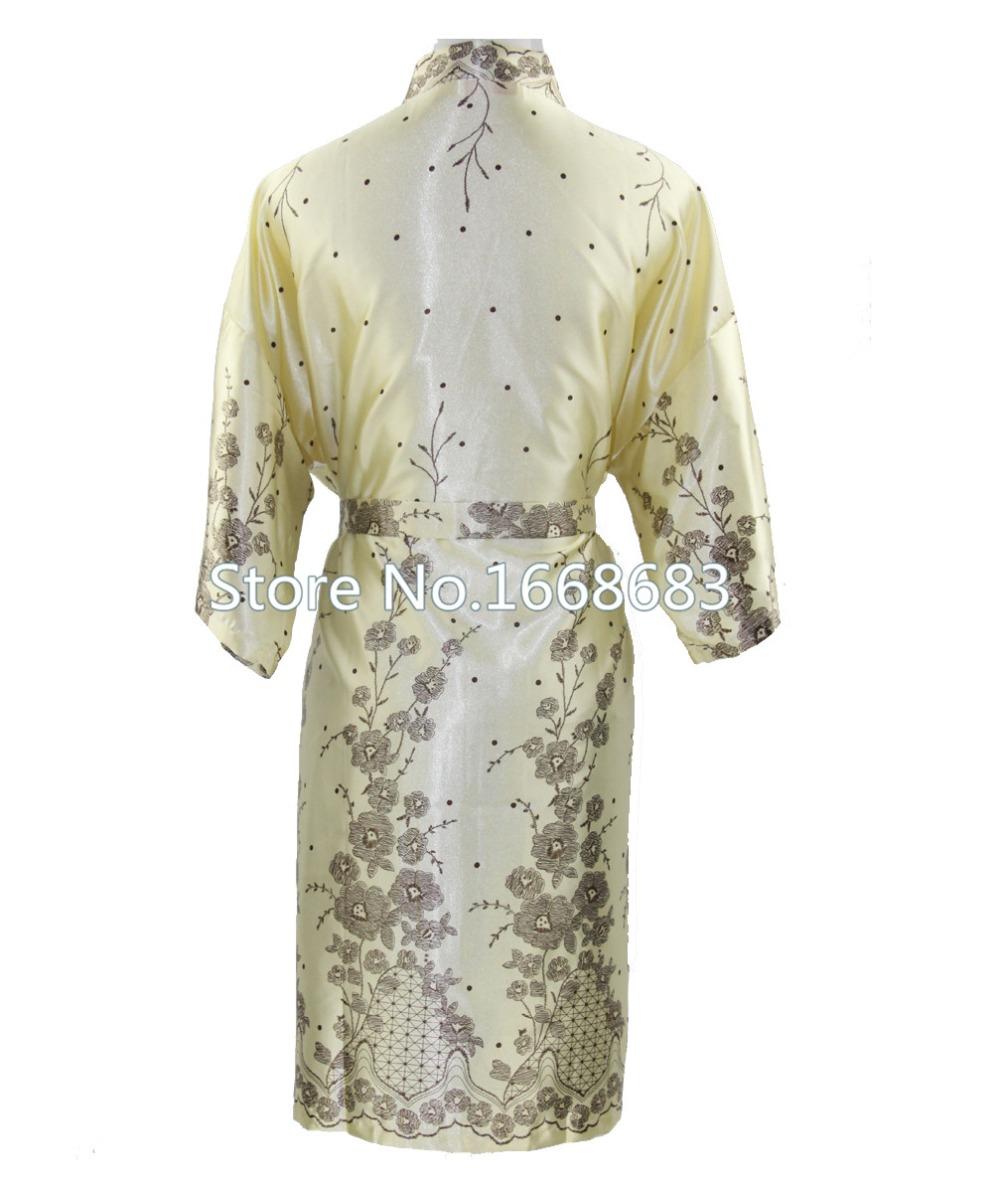 Мода тенденции золото мужчины шелковые кимоно