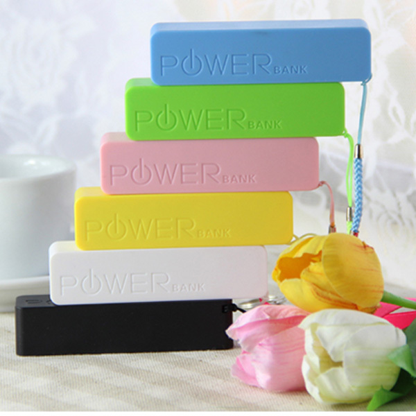 factory outlets cheapest 10 pieces/ lot 2800mah smart mobile power bank+manual(China (Mainland))