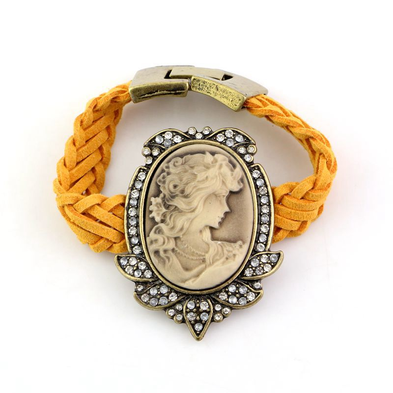 Wholesale 2015 New Fashion Crystal Queen Head Leather Bracelet Bangle for Women Girls(China (Mainland))