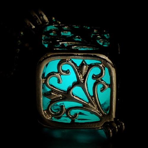 Women's Glow In The Dark European Atlantis Silver Locket Pierced Hollow Cube Square Pendant Luminous Statement Chocker Necklace(China (Mainland))