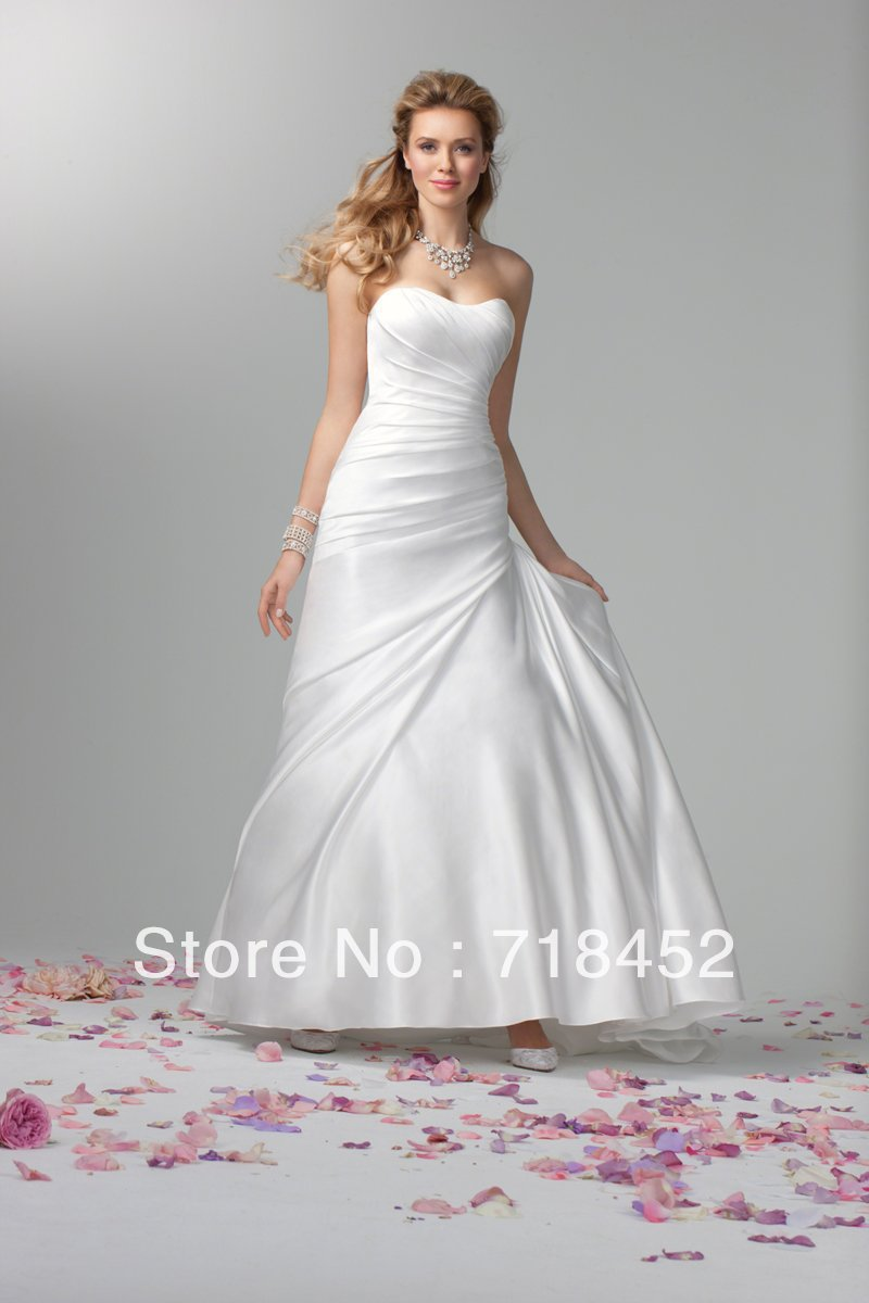 Buy a line simple wedding dress cheap for Wedding dress discount warehouse