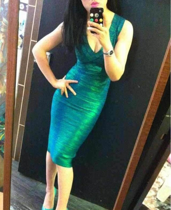 2015 Sexy green hot stamping solid color tight style bandage dresses celebrity prom sleeveless V-neck knee-length women dressОдежда и ак�е��уары<br><br><br>Aliexpress