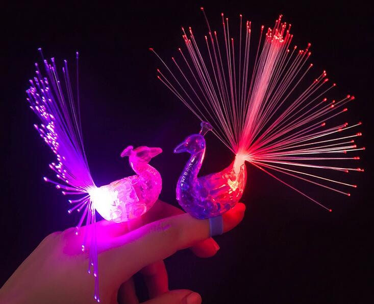 LED Finger Ring Beams Party Nightclub Gadget Glow Laser Light Torch Fun Event & Party Supplies peacock design 100pcs/lot(China (Mainland))