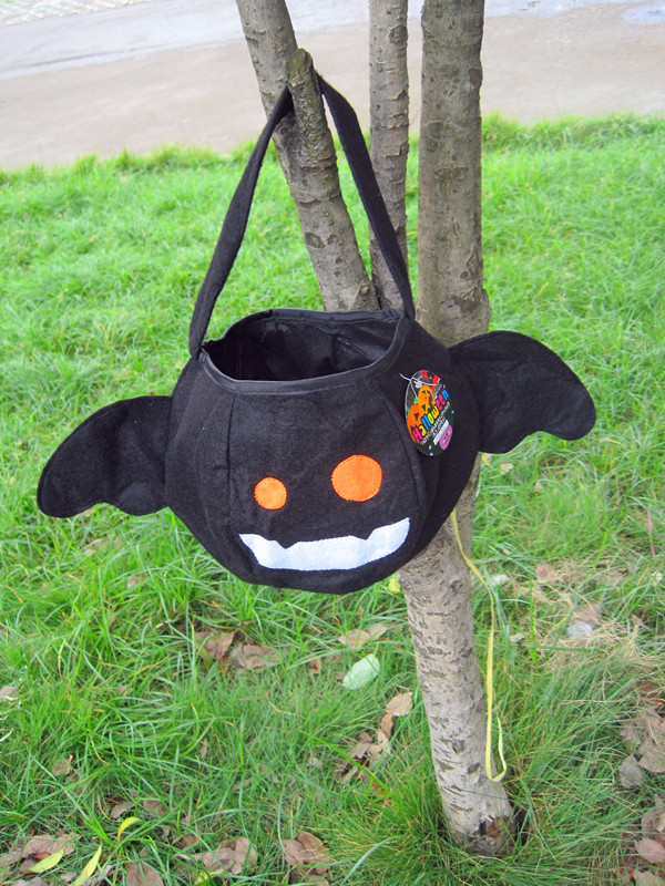 Free shippig ,Halloween props black bat black cat pumpkin candy gift bags.(China (Mainland))