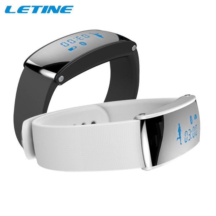 2014 New  Waterproof Bluetooth Smartwatch Sync Phonebook Via 3.0 Bluetooth  Free Shipping