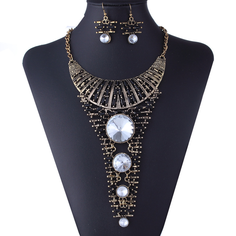 Find the best selection of cheap big earrings costume jewelry in bulk here at jelly555.ml Including big earrings long and studs big earrings at wholesale prices from big earrings costume jewelry manufacturers. Source discount and high quality products in .