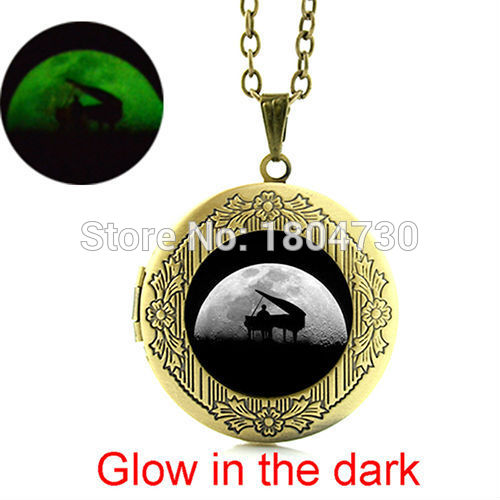 Vintage Piano necklace glowing art pendant Glass tile locket glow in the dark jewelry for music lover statement necklace WNK312(China (Mainland))