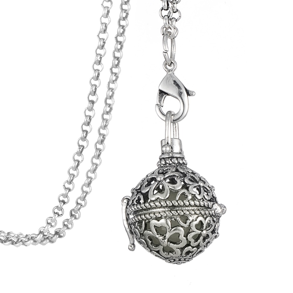 10pcs/lot Four Leaf Clover Glow Ball Durable Essential Oils Diffuser Locket Steampunk Necklace(China (Mainland))