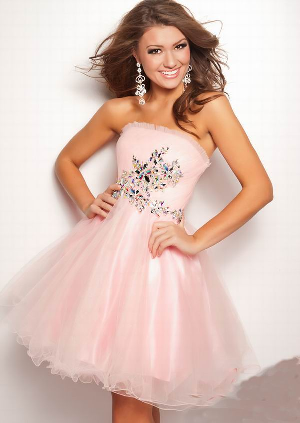 PRETTY HOMECOMING DRESSES - Omenas Benen