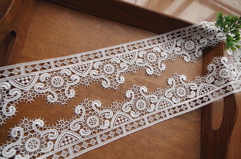 venice lace trim with scalloped eyelash edges, 10 yards