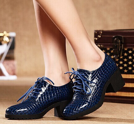 2015 Sale Tenis Feminino s Shoes Women Free Shipping New Singles Shoes Snake In Deep Mouth With Thick Heel Round Women's(China (Mainland))