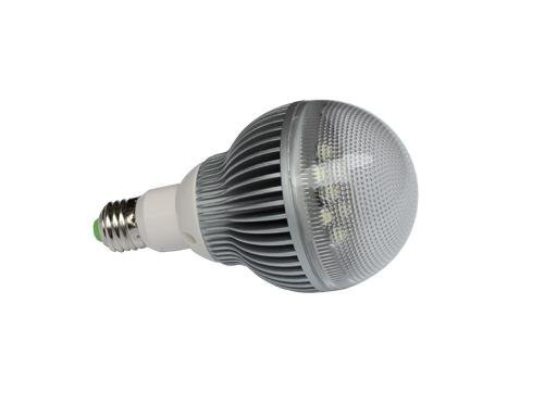 E27 high power led bulb;7*1W;630-740LM;5800-6300K;size:100mm*166mmc;cool white