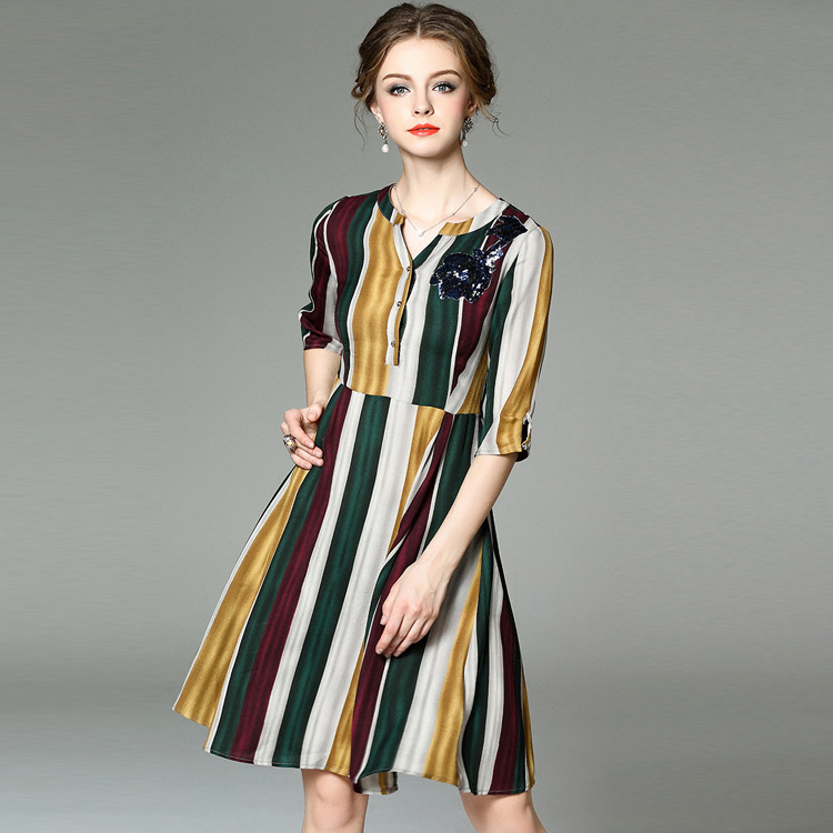 T2130 station in Europe in the spring of 2016 new female V collar seven sleeve sequined floral stripes linen dress