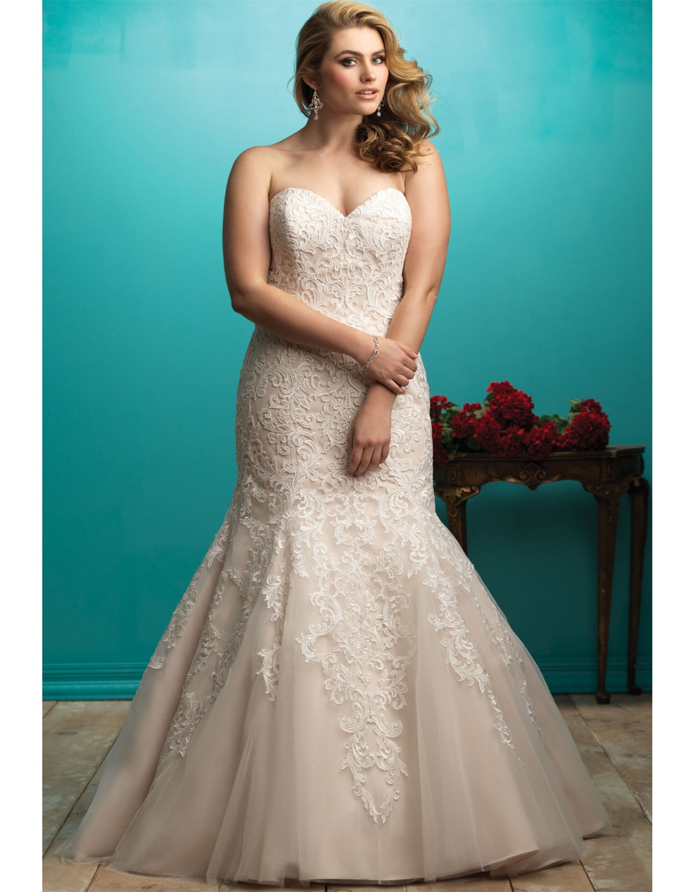 Sweetheart lace applique mermaid wedding dress sexy for Plus size off the shoulder wedding dress