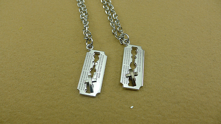 source hd wallpapers boy girl friendship necklaces