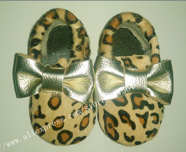 Custom New leopard gain printing baby shoes gold bow handmade Genuine Leather First Walker baby moccasins wholesale 100pairs/lot<br><br>Aliexpress