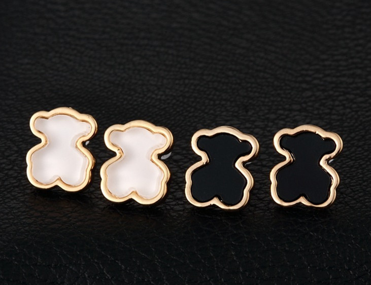 2015 Brand Tousingly Little Naughty Bear Earrings Trendy Style 18K Gold Plated Stainless Steel Nickel Bear Women Stud Earrings(China (Mainland))
