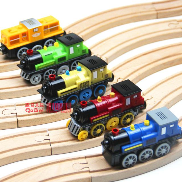 Magnétique électrique locomotive peut sembler émettant  ~ Train Bois Electrique