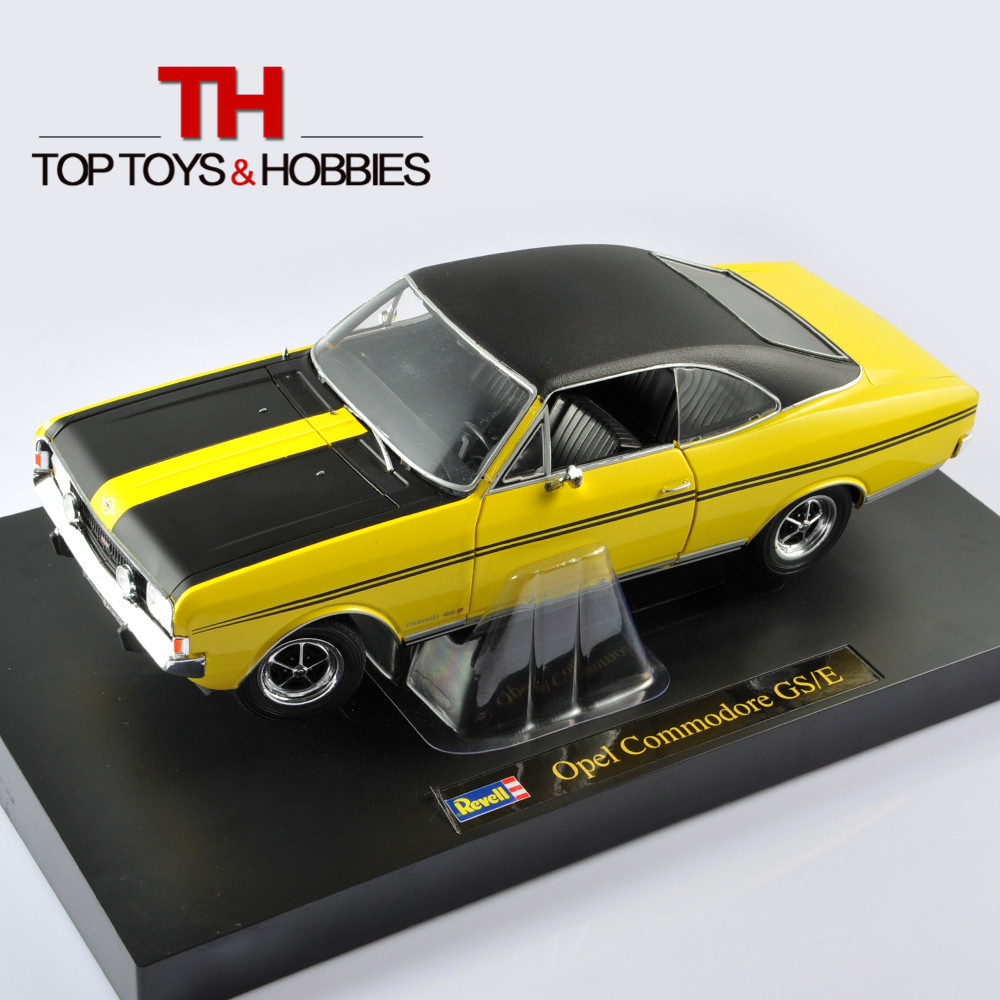 Revell Diecast 1:18 Model Car Opel Commodore GSE Yellow Minicar Vehical Models Car Openable Doors Collections Kids Toy Gift(China (Mainland))