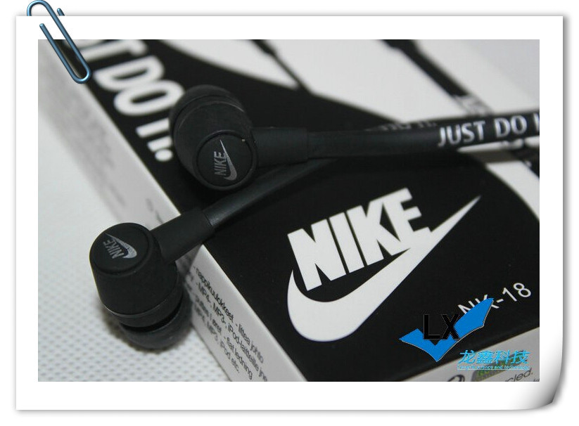 Hot selling NK 18 In ear headphones for iPhone 4S 5S 6 Plus Xiaomi M2 2S