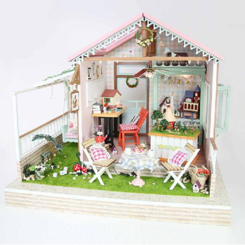 "Фотография Miniatura Wooden Doll House Model Building Kits Handmade 3D Miniature Dollhouse House For Dolls Toy Gifts,""Dream Park"" DIY House"