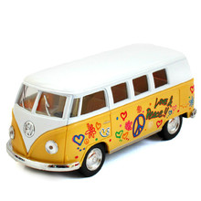 1:32 Scale Emulational Electric Alloy Diecast Models Car Toy Brinquedos Miniature Pull Back bus Doors Openable Kid Classical bus