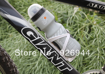 2013 outdoor essential Free shipping New  Cycling Bike Bicycle Sports 750ml Plastic Water Bottle With Dust Cover