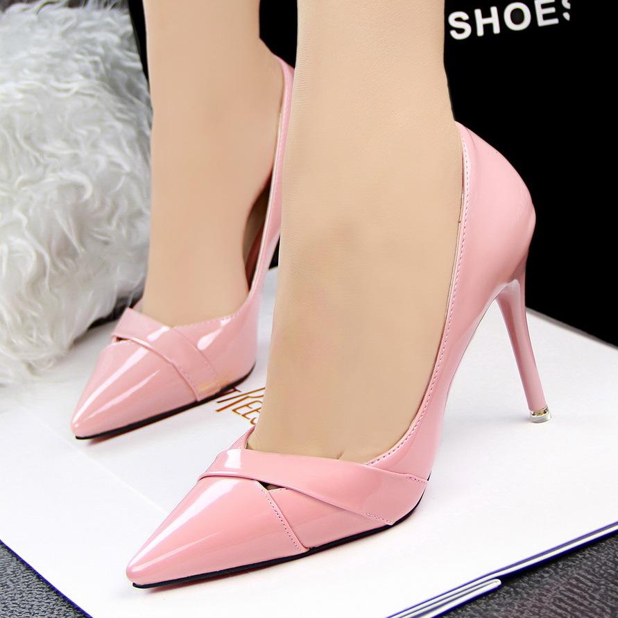 Hot Sexy Women In Heels
