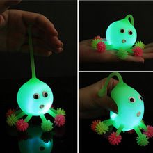 Hot Gift 2016 Led Luminous Light Up Ball Inflatable octopus Toys for Parent-child Kid Children Interaction Toy Random Color(China (Mainland))