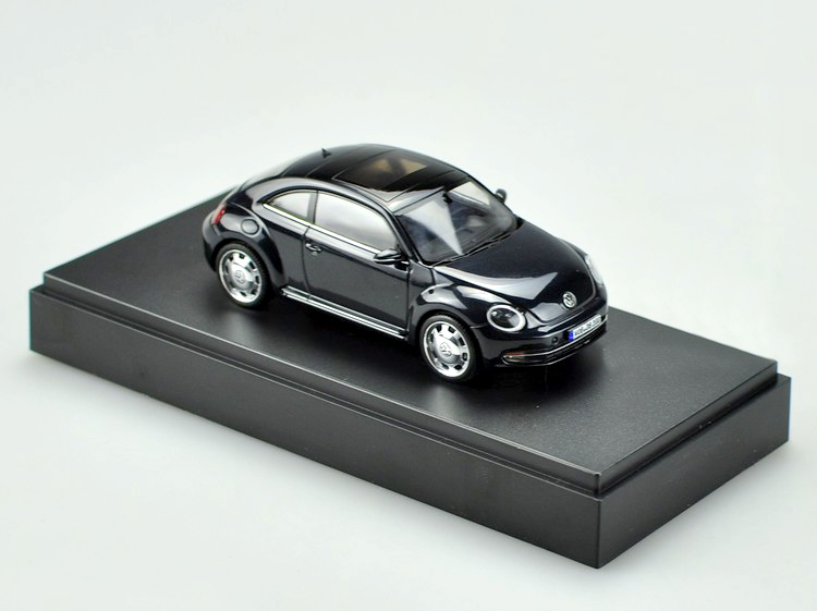 Special offer Schuco OEM 1:43 Original VW New Beetl black alloy car models Alloy car models car(China (Mainland))