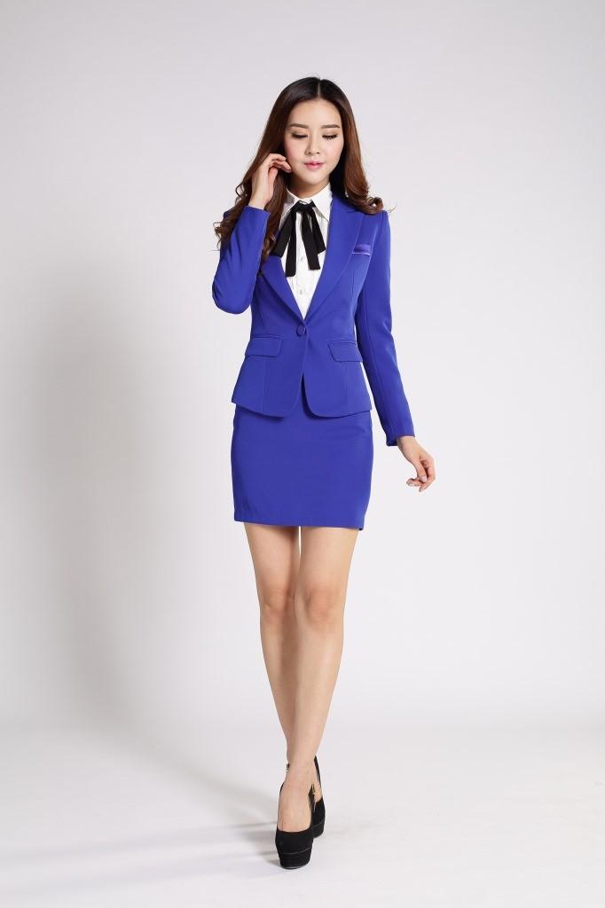 Брючный синий костюм женский с доставкой