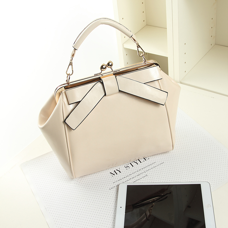 Fashion casual shoulder handbag messenger bag for women with butterfly bowknot evening party bag as gift(China (Mainland))