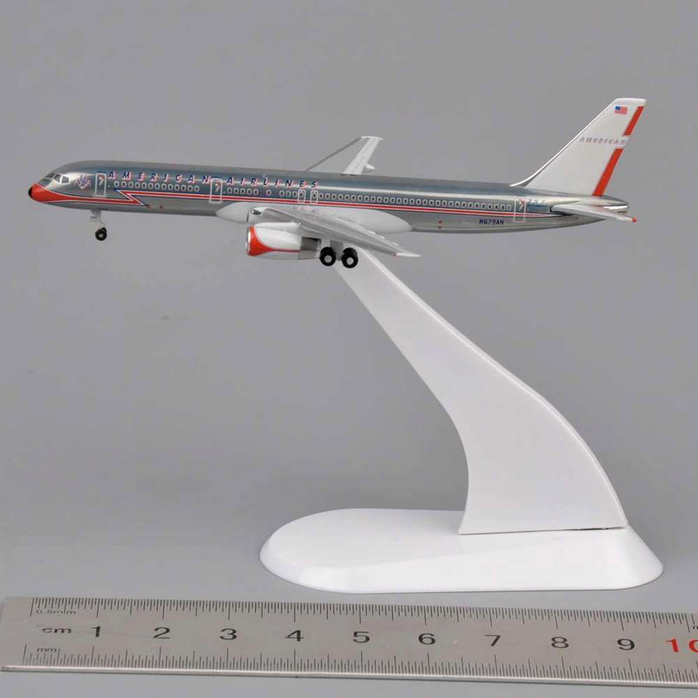 Mini 1:500 Scale Model StarJets American Airlines Boeing 757 Diecast Airplane Model Toys Precision Plane Model for Collection(China (Mainland))