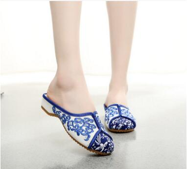 2016 Women's nice embroidered slippers! Newest National Lady Leisure Embroider Sandals canvas slides Chinese element embroidered(China (Mainland))
