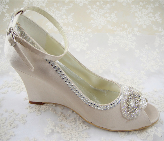 Women Closed Toe Comfort Heel Rhinestone Satin Wedding Bridal Shoes. from $ 39 95 Prime. out of 5 stars Amazon's Choice for