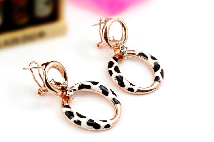 Zircon & Enamel Leopard Design Rock Stud Earrings Wild Life Hiphop Style Wholesale Earrings Rose Gold Filled Hot Jewelry EEH0124(China (Mainland))
